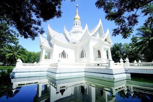 chrám pagoda buddhismus