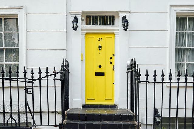žluté Vchodové dveře