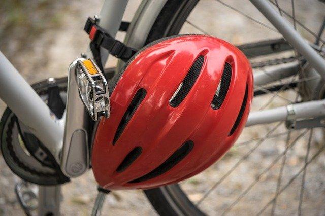 helma na kole