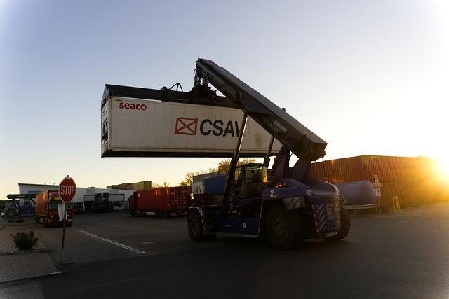 nakládací jeřáb přepravních kontejnerů